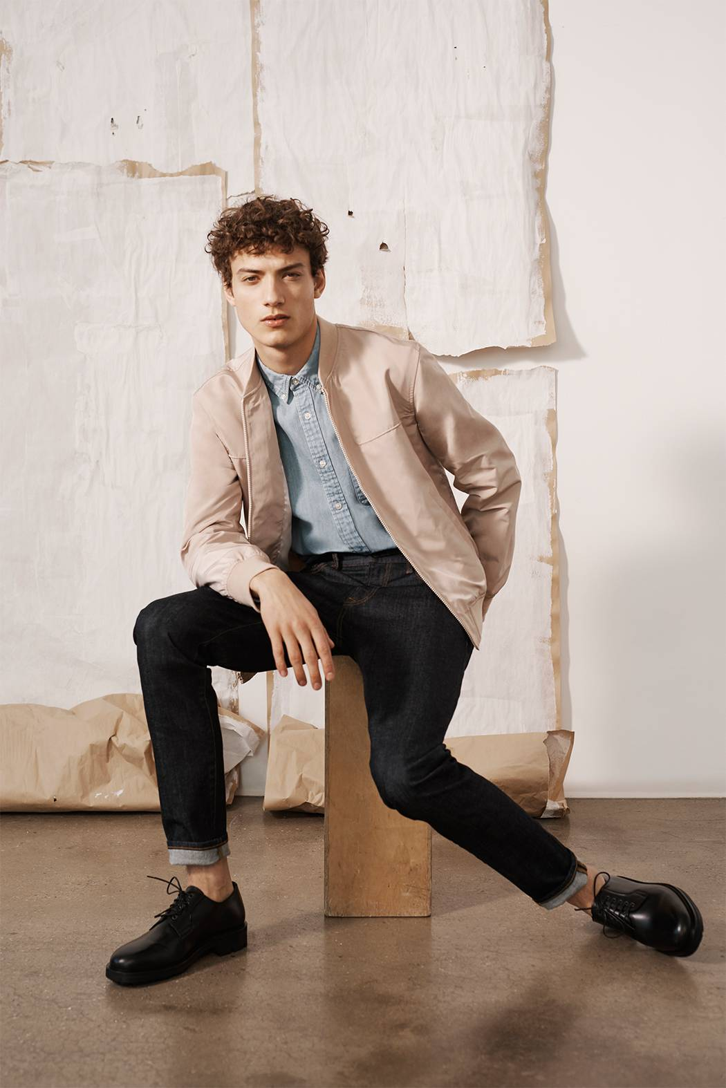 https://www.clubmonaco.ca/on/demandware.static/-/Library-Sites-ClubMonaco/en_CA/v1561547102506/Men New Arrivals 1_January_New-Arrivals_13.jpg